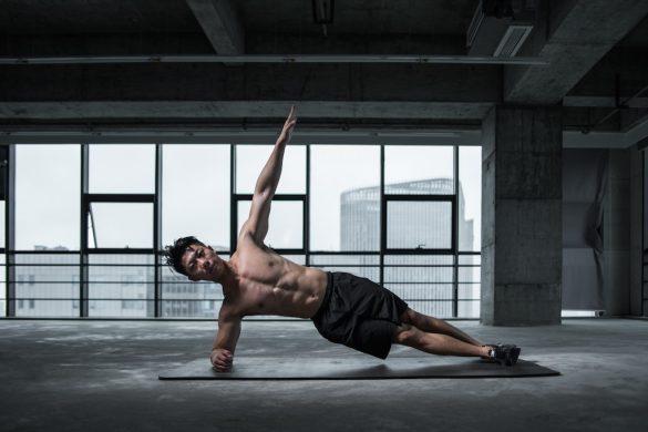 Hallitsetko kehonpainosi? Testaa nämä liikkeet